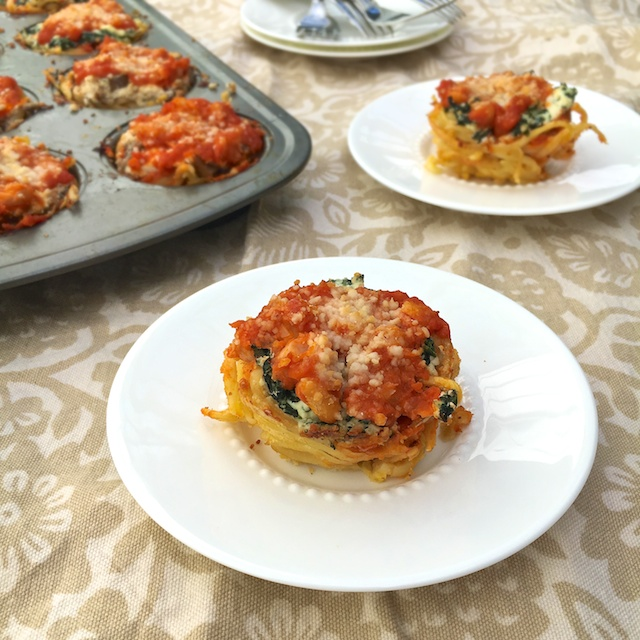 Use your muffin pan to make these mini veggie loaded spaghetti pies - sure to be a new kid and family favorite! @tspbasil