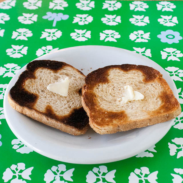 #HealthyKitchenHacks - St Patricks Day Breakfast Toast   @Tspcurry