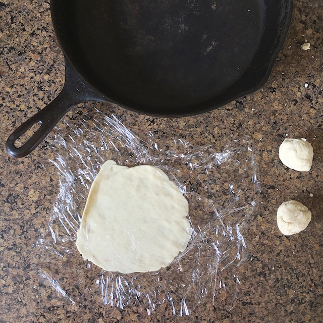 Healthy Kitchen Hacks - How To Make Corn Tortillas Without the Press @tspbasil