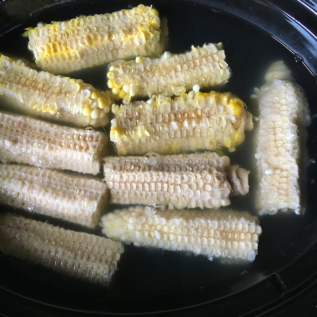 Healthy Kitchen Hacks -What to Do with Corn Cobs