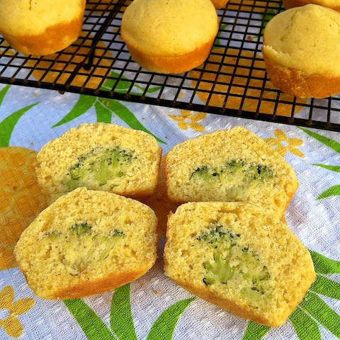 Add some veggies to your kids snack the fun way with this peek-a-boo muffins.