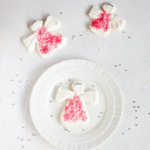 Simple Meringue Snow Angels