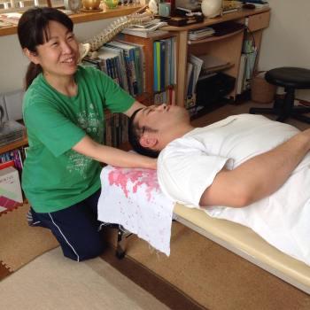 頚椎触診・てあて整体スクール