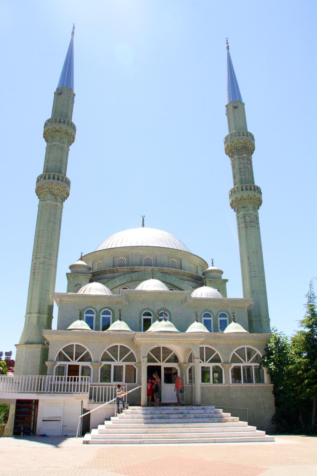 bøn 5 gange dagligt, den muslimske bøn, hvor mange gange er der bøn, hvor mange gange er der bøn hver dag, bøn i alanya, hvor tit beder de i alanya, torsdags bøn, fredags bøn, bøn i tyrkiet, bøn muslimsk
