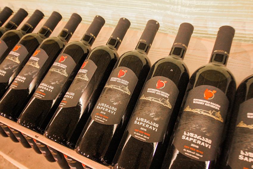 Vin fra georigen, verdens første vin land, georgisk vin, mad fra georgien,