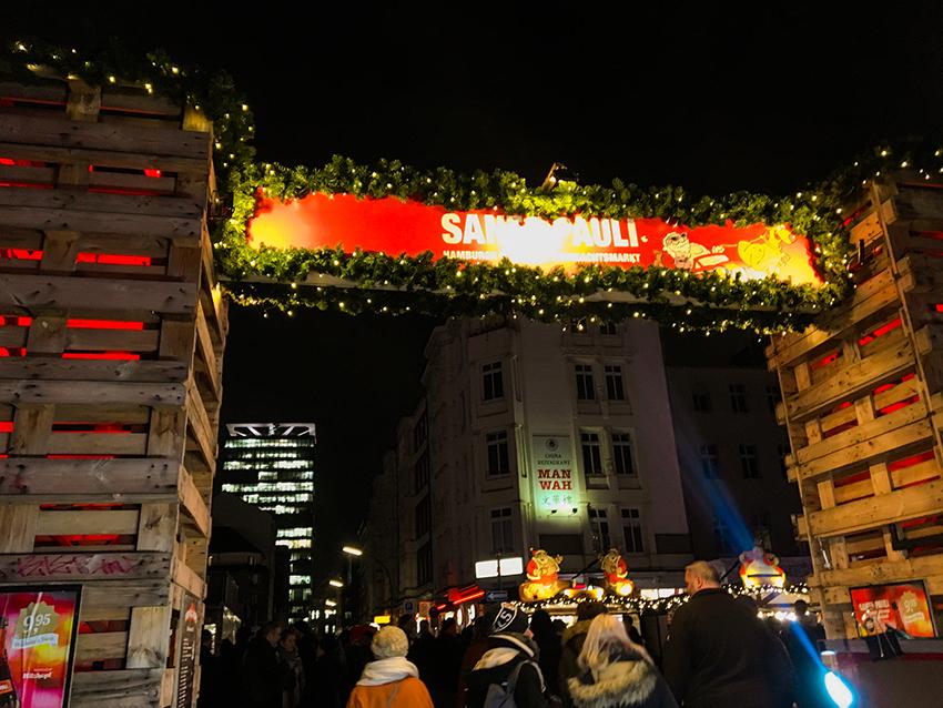 Julemarked i Hamborg, julemarked hamborg, julemarkeder i tyskland, tyskland julemarkeder, julemarkeder i hamborg, hamborg julemarked, jul i hamborg, jul i tyskland, erotisk julemarked, erotisk julemarked i hamborg, frækt julemarked i hamborg, sankt pauli julemarked, julemarked ved saknt pauli hamborg, julemarked ved reeperbahn, erotisk julemarked ved reeperbahn, reeperbahn i hamborg