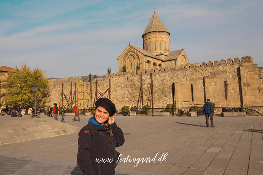 Mtskheta, Mtskheta kirke, Mtskheta katedral, Mtskheta gerogien, dagsudflugter fra tbilisi, Tbilisi udflugter, oplevelser i Georgien, seværdigheder i gerogien, seværdigheder Mtskheta, Mtskheta seværdighed, pilgramsrejser, jesus kappe,