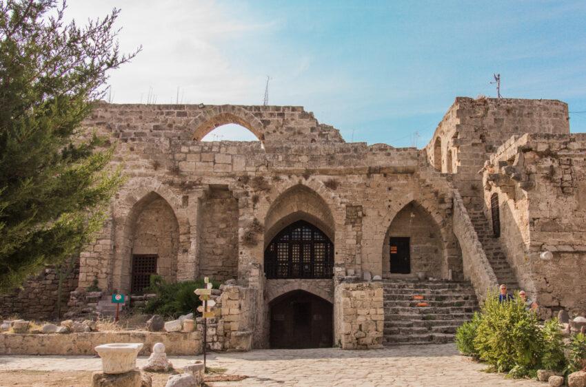 Girne borgen, Kyrenia borgen, Girne castle, Kyrenia castle, seværdigheder på Nordcypern, Seværdigheder i Girne, Seværdigheder i Kyrenia, hvad kan man lave på Nordcypern, Seværdigheder på Cypern, Cypern guide,