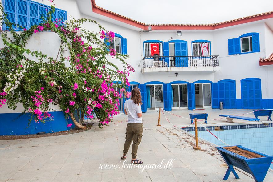 Seværdigheder på Nordcypern, museer på Cypern, Museer i Girne, Seværdigheder i Girne. Seværdihgeder i Kyrenia, rejseblog Cypern, Rejseguide Cypern, Danish Travelblog, rejseblog, Mavi Kösk, Blå palæ, Blue mansion, Blue house Cypern,