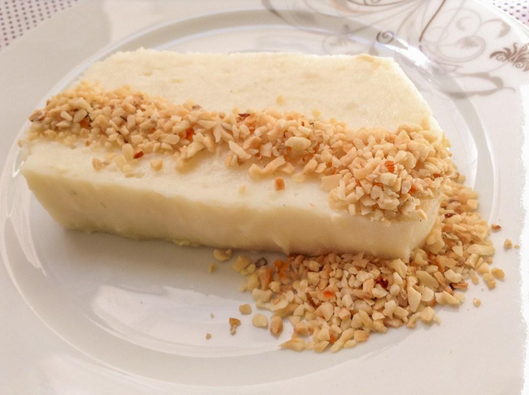 pudding med kylling, kylling pudding, mærkelige desserter, tyrkiske desserter, tyrkisk mad