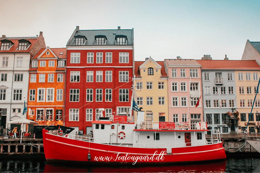 Nyhavn, Købenahvn nyhavn, gratis seværdigheder i København, oplevelser i København, Københavns smukkeste huse, hvor boede HC andersen, historiske områder i København