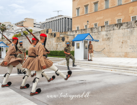 Fakta om Athen, vagtskiftet i Athen, Athen parlament, oplevelser i Athen, Seværdigheder i Athen, danish travel blog,