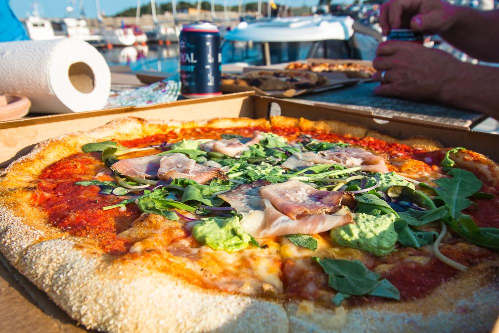 Bornholm pizza, bedste pizza på Bornholm, Bornholmske delikatesser