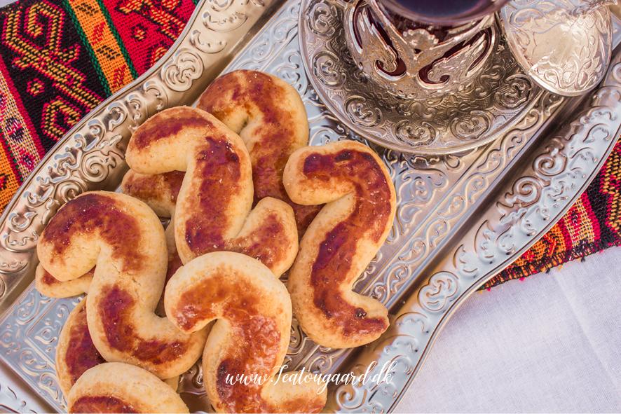 Tyrkiske småkager, småkager fra Tyrkiet, S småkager, S pasta, småkager fra Tyrkiet, tyrkiet småkager, desserter fra Tyrkiet, tyrkiske opskrifter, opskrifter fra Tyrkiet, tyrkisk mad, mad fra Tyrkiet