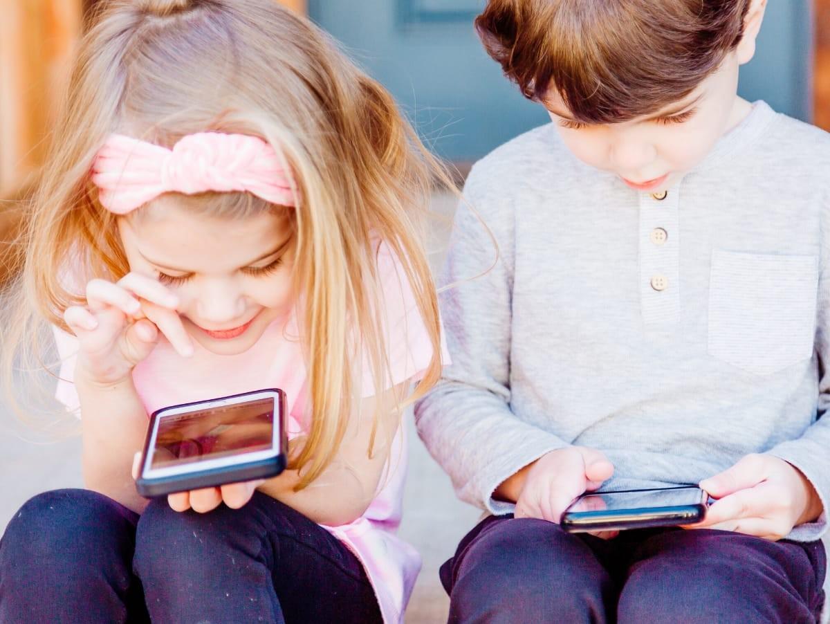 Educazione al digitale a Torino. Spunti per genitori di nativi digitali anche a teatro