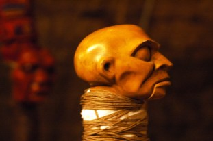 17.Macbeth,-Puppet,-Wood