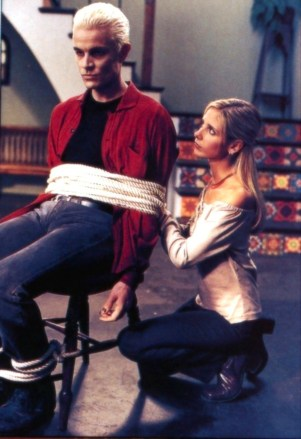 Btvs-episode-stills-buffy-the-vampire-slayer-6055307-993-1450
