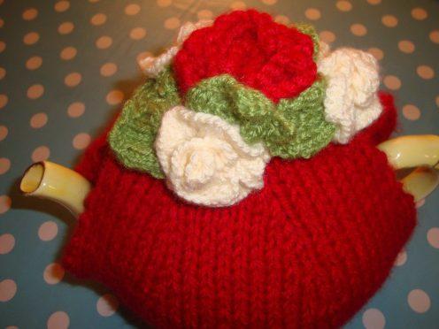 Festive Floral Tea Cosy