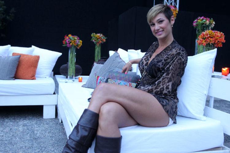 Fotos Andrea Dellacasa se la juega con topless desde Ibiza  TeCachecl