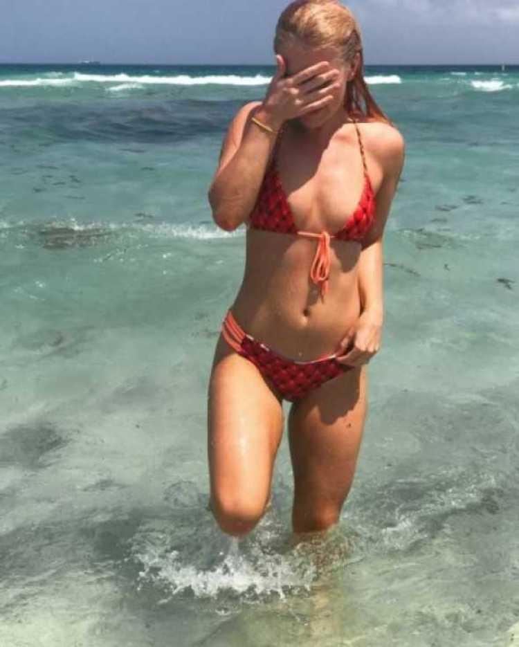 vesta bikini 3