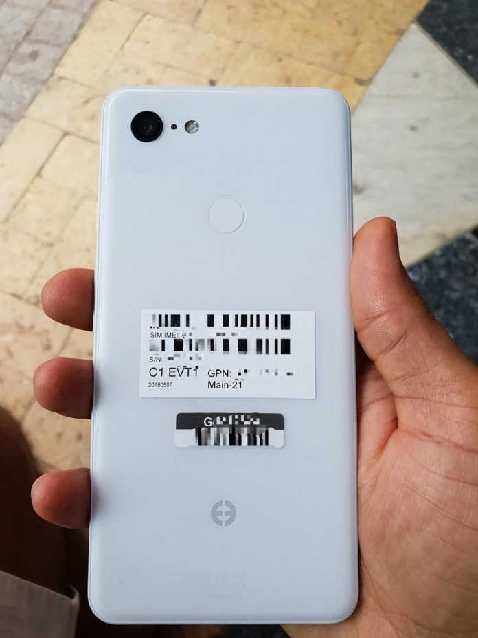 Google Pixel 3 XL will have a white color variant, wireless charging