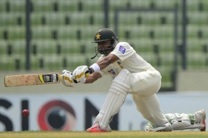 Pakistan finishes victory drought in Bangladesh tour, wins 2nd test by 328 runs,
