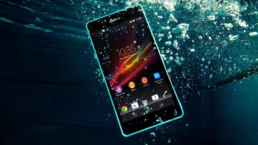 half off 10fc8 dcfd4 Best Waterproof Smartphones available in India