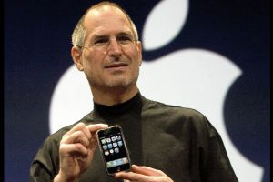 Steve Jobs launching first iPhone