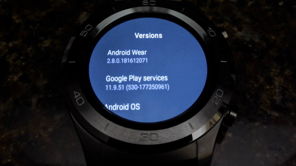 Android Wear 2.8 software update introducing an all-black theme