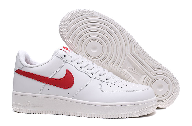 Nike Air Force 07 Logo Rojo