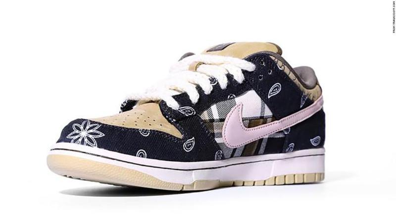 Nike SB Dunk Low Travis Scott