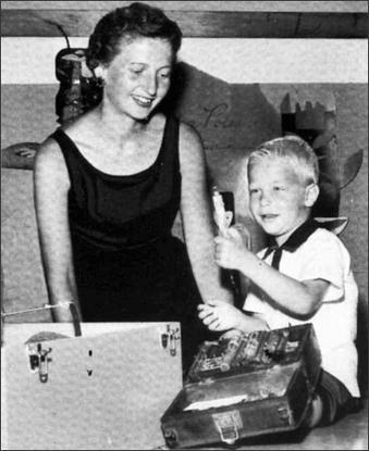 بيل جيتس في طفولته صور نادرة