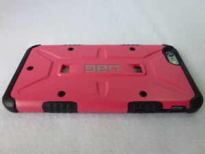 Urban Armor Gear Valkyrie iPhone 6 Plus: Back View