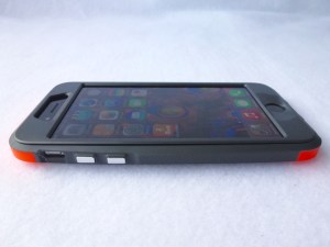 Thule Atmos X4 for iPhone 6: Front Side View