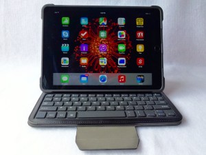 TurnFolio with Keyboard for iPad Air 2- Front View