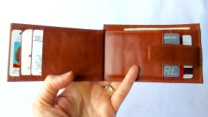 Kavaj Munich Wallet- Open with Cards