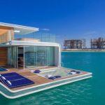 海の中でサンゴと魚に囲まれた極上空間を演出する家「Floating Seahorse」がドバイで人気