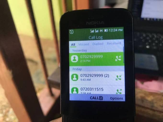 Nokia 8110 4G calls