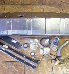 vemp 1303 01 corvette central deluxe gas tank  [ 1600 x 1200 Pixel ]