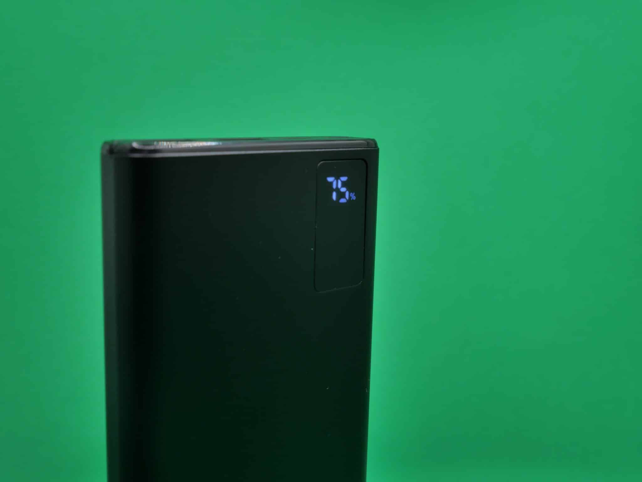 Powerbank Sandberg USB-C PD 20W 10000 display2