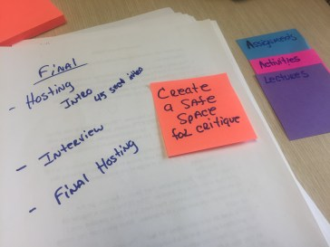 """img src=""""ideas"""" alt=""""paper and sticky notes with ideas"""">"""
