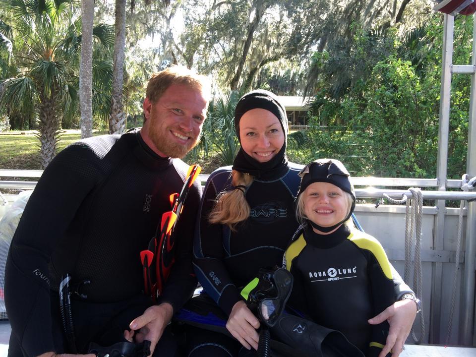 Pura Vida Divers Family