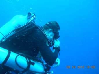 Tec diver decescending