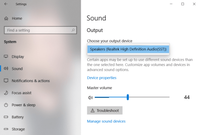 Set headphone as default playback device in Windows 10