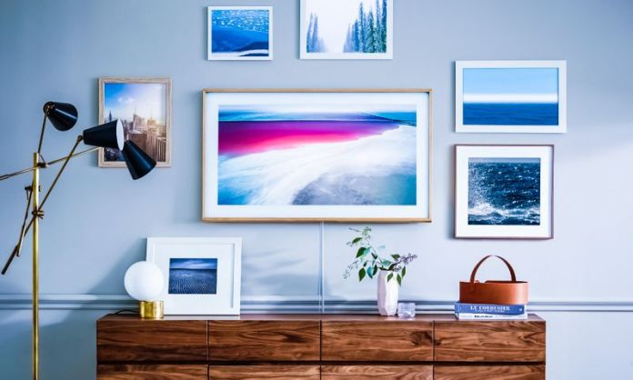 The-Frame-Lifestyle-tv-samsung-new-york-paris-launch-news-art-screen-display-home-mounted-pictures