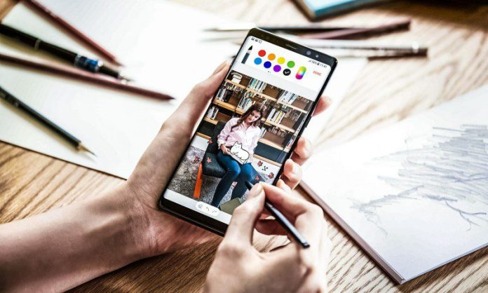 Samsung Galaxy Note 8 User Experience that Designers Need to Know Noelle Neff Review Smartphone Phablet Comment Features Price Recommendation Insight