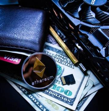 Leather Wallet Ether Ethereum Coin Hardware Rig Money Bills Visa Card Memory Storage SD IPO Initial Coin Offering Cryptocurrency Startup