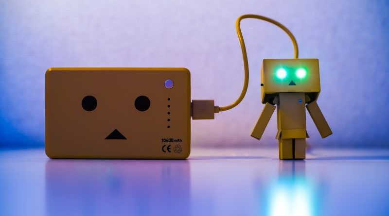 htakashi danbo amazon box face fast charging smartphones chargers list review usb cable glowing eyes