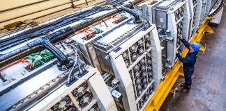 Microsoft Tests Self-Sustaining Underwater Data Center Video Project Natick Submarine Servers Engineer NOC Networks
