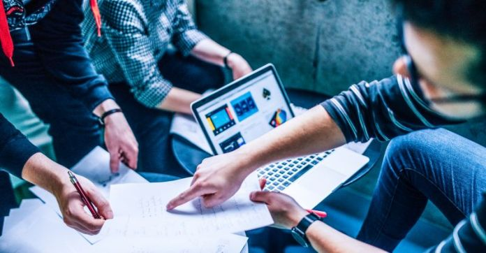 Team working together office startup planning strategy cloud boardroom productivity vdr virtual data room mna vc software security solution review guide info